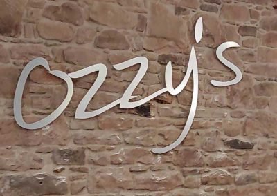 Fraser-Signs---Ozzy's